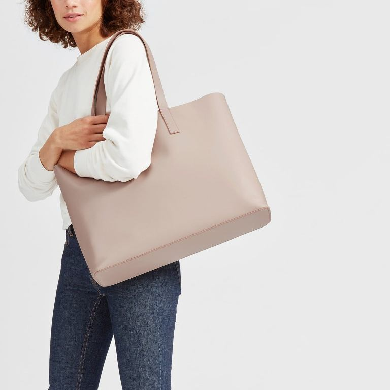 Best Handbag Colors For 2020